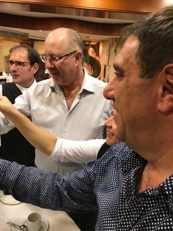 Diagonal can Soteras : Нереальный обед с коллегами Вкуснейшая уха и лучшие креветки в Испании . Кава тоже на высоте .
