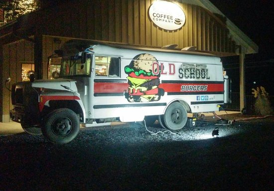 Weyers Cave, Wirginia: Old School Burger Truck