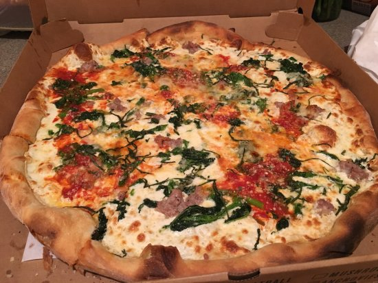 East Brunswick, NJ: Delivery! With a bottle of wine? Perfect