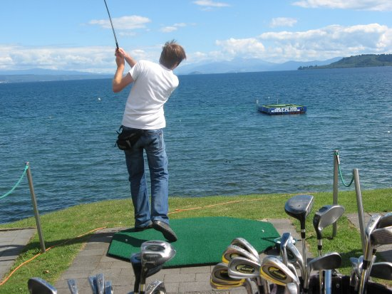 Lake Taupo Hole in One Challenge: Funny experience!