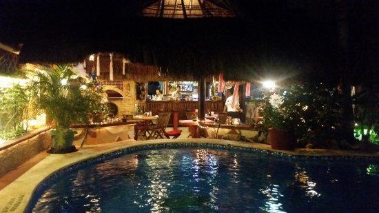 Cocos Cabanas Resmi