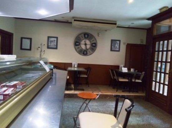 Carinena, สเปน: Interior restaurante