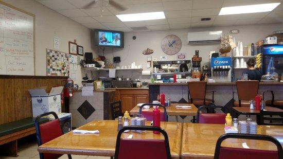 Cosmo S Cafe Largo Restaurant Reviews Phone Number Photos Tripadvisor
