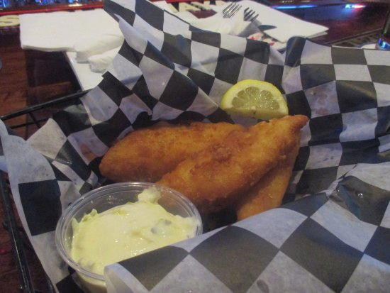 Coon Rapids, MN: Chicken Fingers and Dip