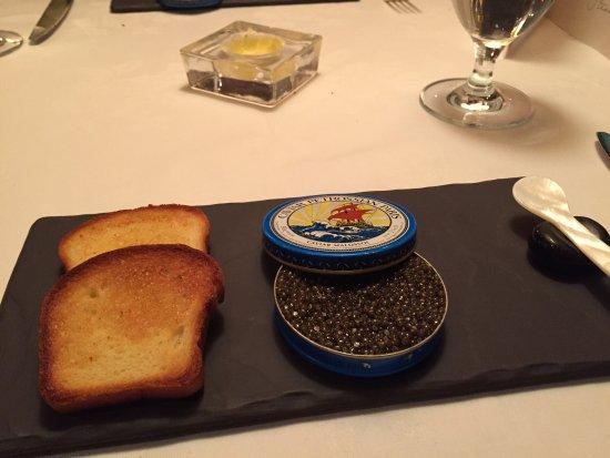 Washington, Вирджиния: Amuse bouche, caviar, lamb carpaccio, lobster, duck breast with foie gras, intermezzo, cheese, d