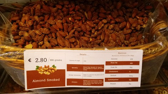 George's Street Arcade: Smoked almonds were excellent!