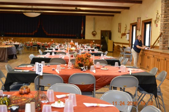Mesa Spirit RV Resort: Thanksgiving dinner for residents