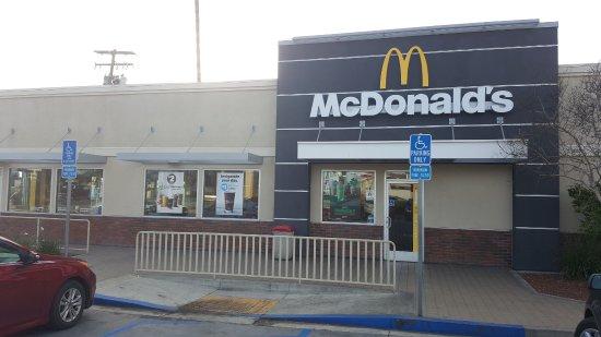 Beaumont, CA: McDonald's