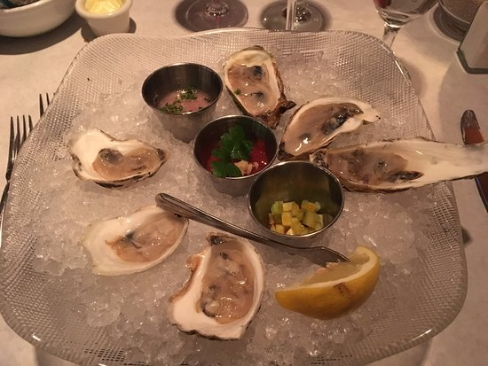 Montauk Seafood Grill: Oysters