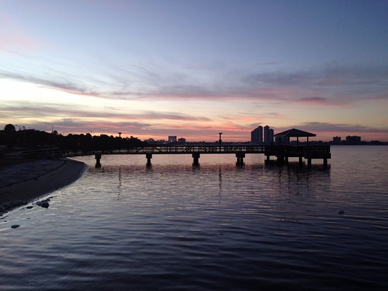 North Fort Myers, FL: View of Pier from hotel