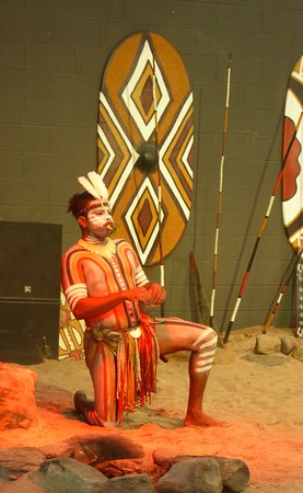 Tjapukai Aboriginal Cultural Park: Warrior