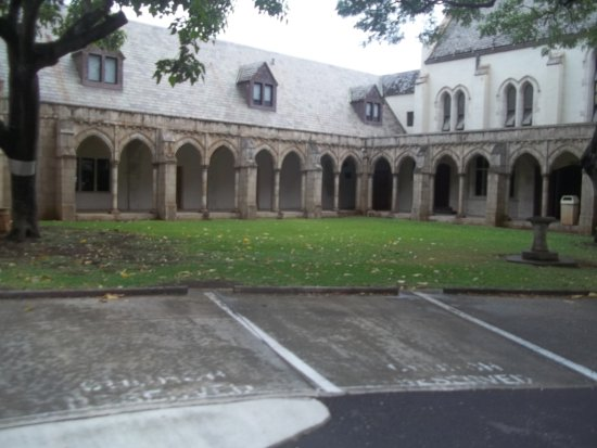 Hummer Tours Hawaii : Monastery-Oxford
