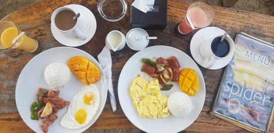 Spider House Resort: Free breakfast with brewed coffee. Mango shake and watermelon shake as welcome drinks.