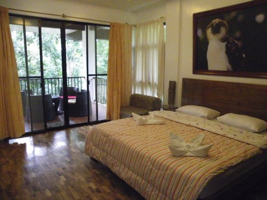 Precious Garden Samal: Matrimonial Room