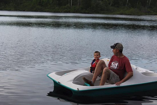 Ely, MN: Complimentary Pedal Boats