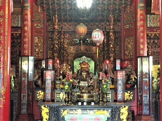 Wenzhu Temple: 文朱殿