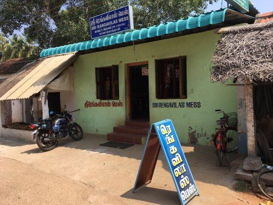 Kanadukathan, India: Specialist in Chettinad non-veg at Kanadukathaan..