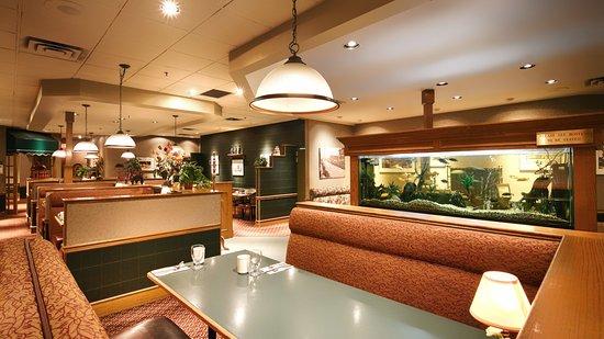 Best Western Plus Baker Street Inn & Convention Centre: Baker Street Grill