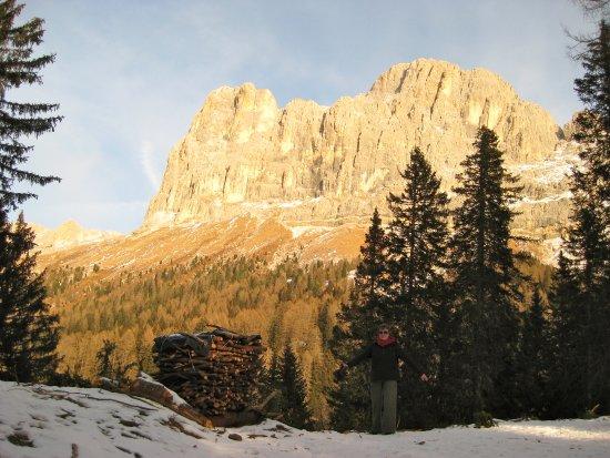 Tiers, Italia: Die Laurinwand des zauberhaften Rosengartens.
