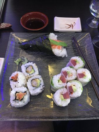 La Garenne-Colombes, France: Beaux sushis