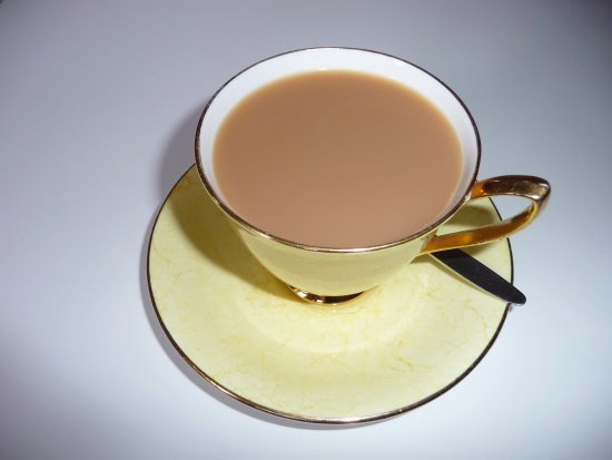 West Winds Yorkshire Tearooms: Complimentary pot of fine tea on arrival