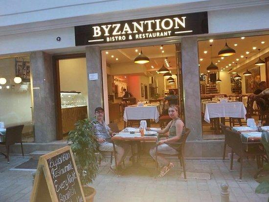 Byzantion Bistro Restaurant: Our Restaurant has Internatonal and Ottoman Kitchens Menu and especially the Turkish popular Kit