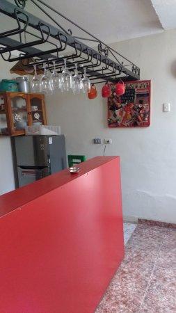 Mama Simona Hostel: Cocina