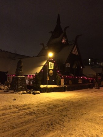 Viking Village Hotel: Restaurant across the street