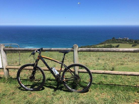 Уилдернесс, Южная Африка: Lekker naar map of Africa gefietst op een mooi bike