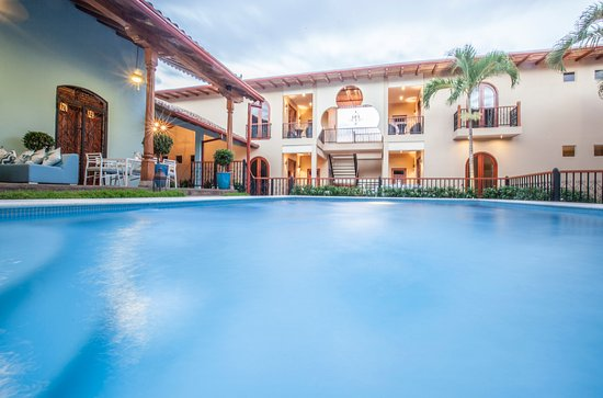 Paraiso Granada Condominiums
