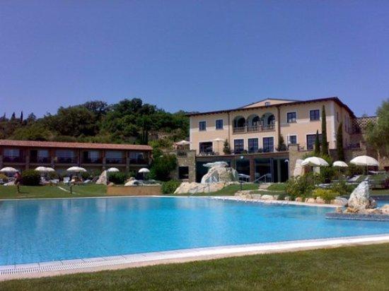 Bagno vignoni: una piscina foto di bagno vignoni provincia di