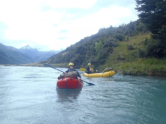 Queenstown, New Zealand: rafting!