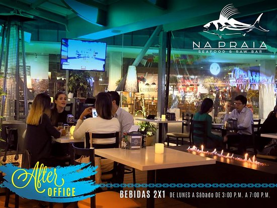 San Pedro, Costa Rica: We have after office from 3 to 6 happy hour Sangias y cocteles!!