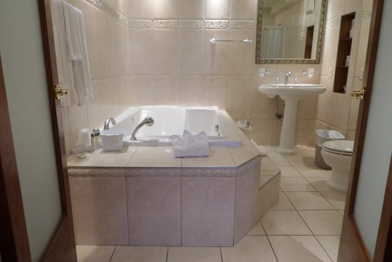 Hotel Espresso Montreal Centre-Ville/Downtown: Presidential Suite (Bathroom)