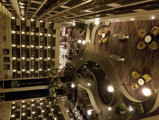 Embassy Suites by Hilton Las Vegas : 20170208_231549_large.jpg