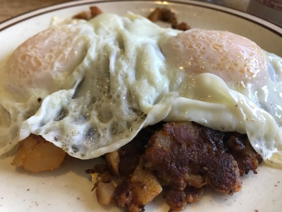 Superb Quickway Diner: Over Easy On Corned Beef Hash
