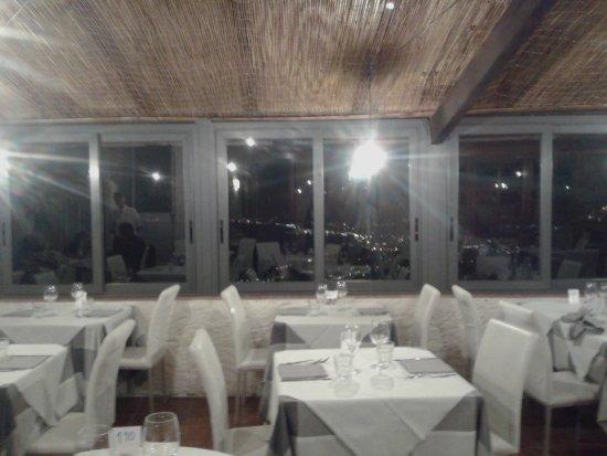 Antica Osteria Saracena del Bergallo: Salone