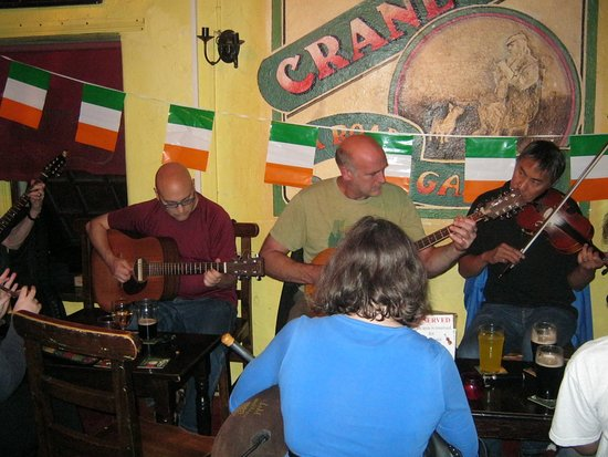 Group of musicans at the Crane Bar