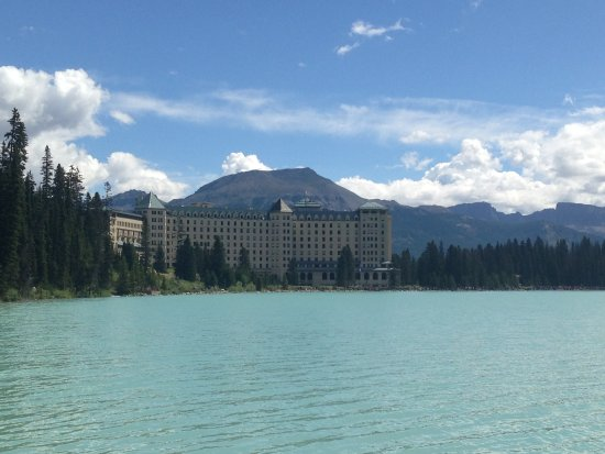 Fairmont Cau Lake Louise The Style Of Hotel