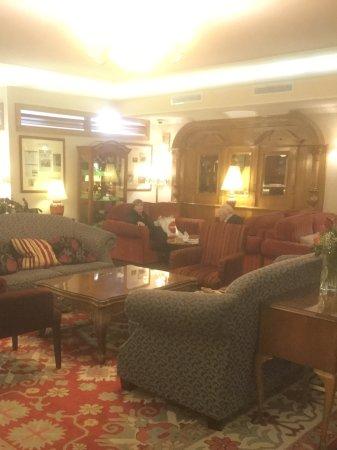Park House Hotel: Public Lounge Area