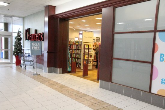 St. Catharines, Canada: The bookstore