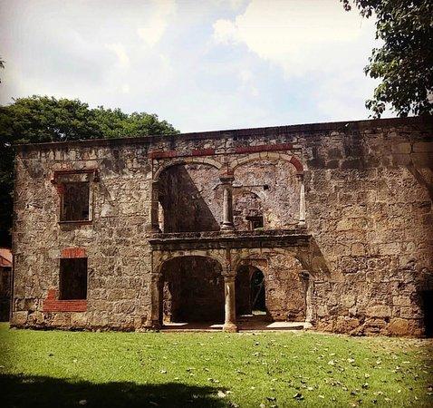 Resultado de imagen para las Ruinas de Engombe