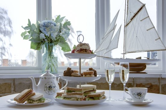 Long Eaton, UK: Afternoon Teas are available Monday to Saturday by appointment.