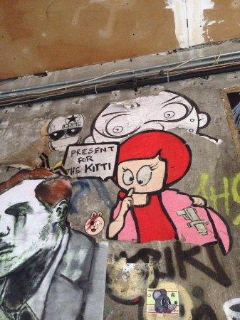 Alternative Berlin Tours: Dangerous Lutzi (another cool Graffiti)