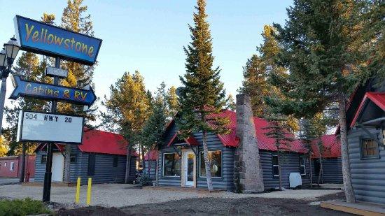 写真Yellowstone Cabins and RV Park枚