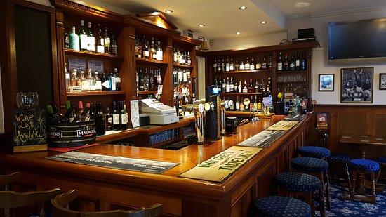 Freuchie, UK: Public Bar