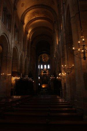 Basilique Saint-Sernin : La Basílica por adentro.