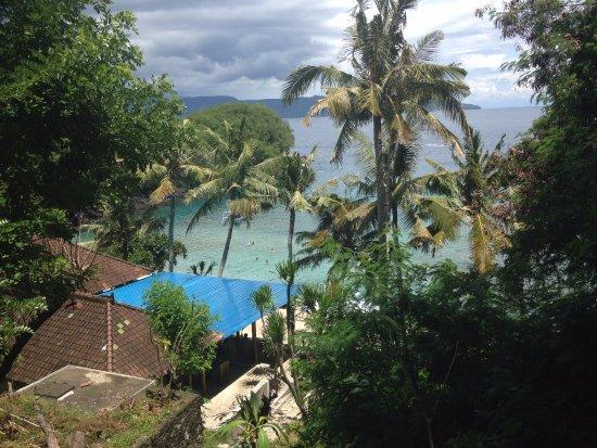 Padangbai, Indonesië: De baai die plm 75 m vanaf het resort ligt