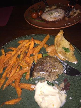 Merrys Gastro Pub: photo1.jpg