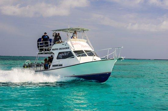 Providenciales: Dive boat Provo Crusader